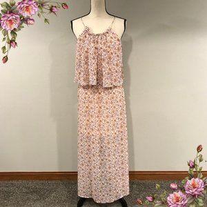 MAKE AN OFFER ;) Beautiful maxi floral dress